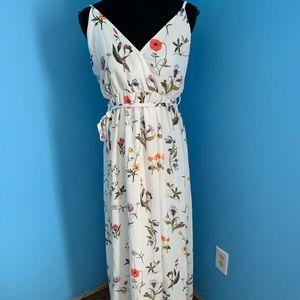 Oh my love floral maxi dress sz M